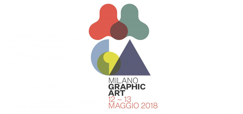 """<p>Nell&rsquo;ambito del palinsesto culturale Novecento Italiano, il Comune di Milano - Cultura e la Soprintendenza del <a target=""""_blank"""" href=""""https://www.milanocastello.it"""">Castello Sforzesco</a>, in collaborazione con <a target=""""_blank"""" href=""""http://www.electa.it"""">Electa</a>, presentano <strong><a target=""""_blank"""" href=""""http://www.milanographicart.com"""">Milano Graphic Art</a></strong>, a cura di Claudio Salsi, Giovanna Mori e Alessia Alberti. <strong>Due giorni di eventi dedicati alla grafica d&rsquo;arte</strong> con oltre 50 appuntamenti che si diffondono dal Castello Sforzesco in tutta la citt&agrave; metropolitana, nei luoghi simbolo della creativit&agrave; artistica e dell&rsquo;artigianato milanese. Istituzioni, gallerie, associazioni, scuole, accademie, musei, ma anche stamperie e studi d&rsquo;artista propongono iniziative per adulti e bambini, che svelano i segreti e le alchimie dei processi per la produzione delle immagini e dei multipli su carta.</p>"""