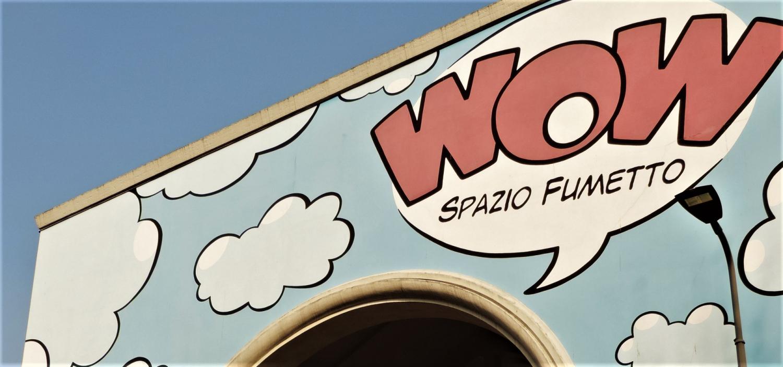 """<p><strong>Da sabato 31 ottobre WOW Spazio Fumetto cambia orari!</strong></p><p>Per il periodo invernale, il museo continuer&agrave; a essere aperto&nbsp;da marted&igrave; a venerd&igrave; dalle 15:00 alle 19:00, mentre <strong>sabato e domenica aprir&agrave; le sue porte dalle 14:00 alle 19:00</strong>. Il&nbsp;luned&igrave;, come sempre, rimarr&agrave; giorno di chiusura.</p><p>&nbsp;</p><p>Ricordiamo che in questo periodo <strong>gli ingressi di WOW Spazio Fumetto sono contingentati.</strong> Per questo &egrave;&nbsp;attivo un <a target=""""_parent"""" href=""""http://www.museowow.it/eventi/Prenotare+la+propria+visita+a+WOW+Spazio+Fumetto/525""""><strong>nuovo servizio di prenotazione</strong></a><strong>.</strong><br />La prenotazione non &egrave; obbligatoria ma &ndash; in caso il museo raggiungesse il numero massimo di visitatori &ndash; a chi verr&agrave; senza prenotazione non sar&agrave; garantito l&rsquo;ingresso.</p><p>&nbsp;</p>"""